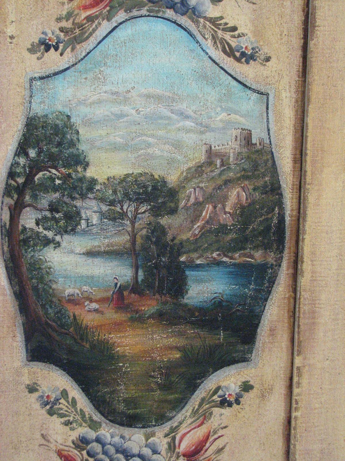 Velmi zdobná malovaná skříň dvoudvéřová s krajinomalbou s dekorací květin detail 6