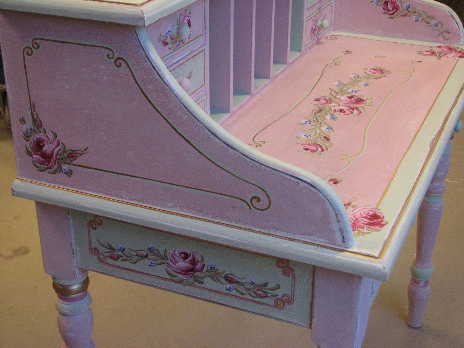 Romantický psací stůl růžový s motivy růže a pomněnek 4