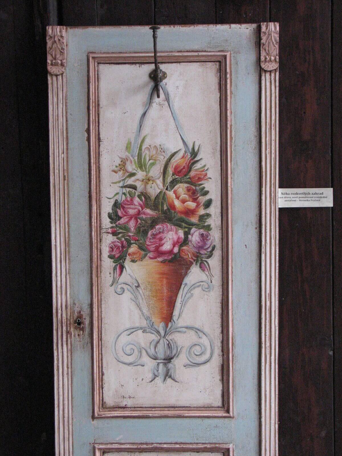 Malovaný věšák - Něha rozkvetlých zahrad 5
