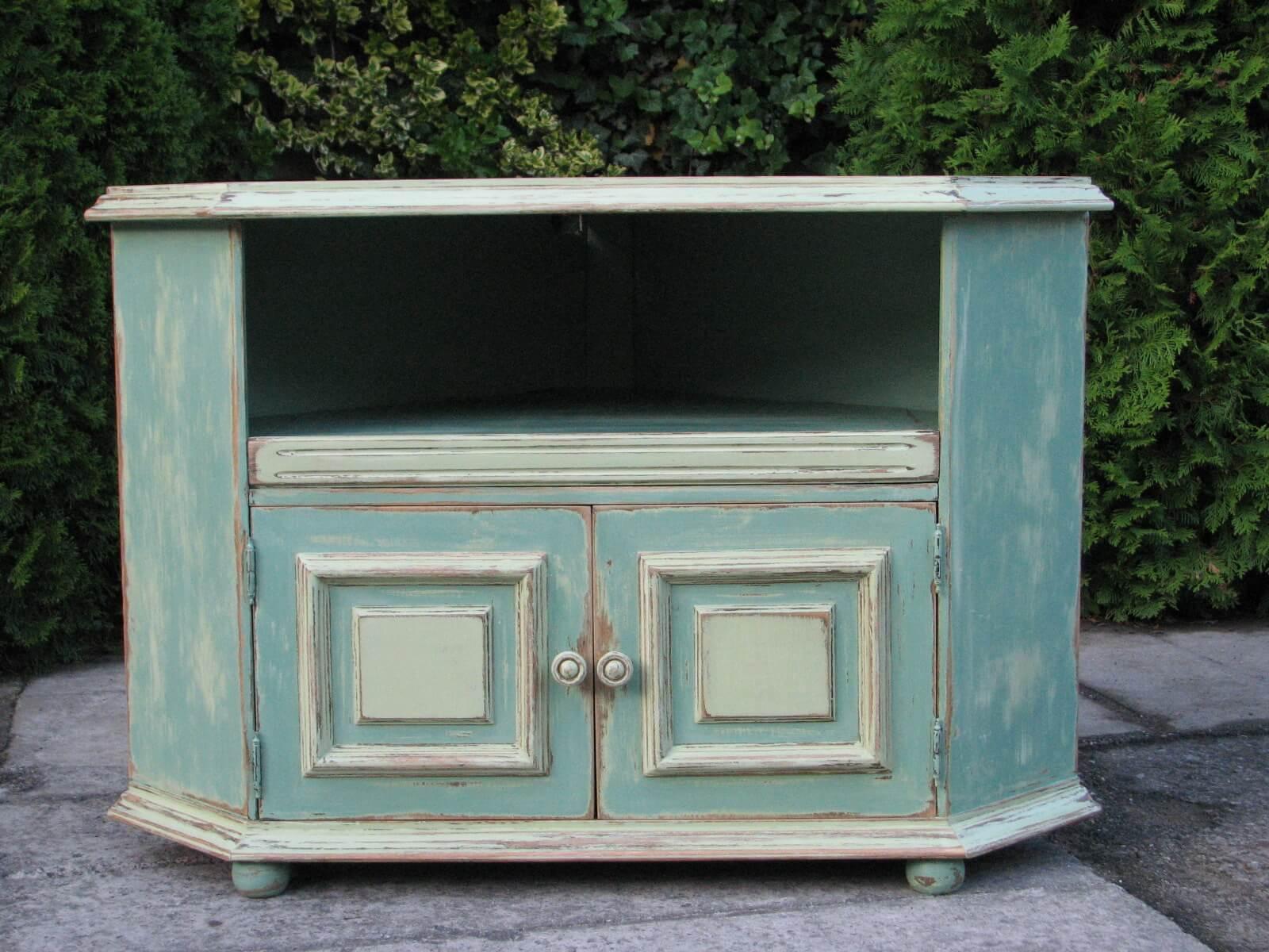 Rohová malovaná skříňka - na televizi 4